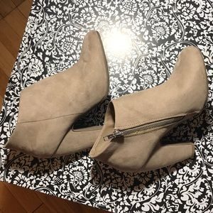 Mossimo Supply Co. Shoes - Small booty shoe